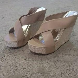 ❤️ 3 for $12 ❤️ Platform sandals